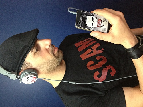 SCAM iPhone cover, Headphones and T-Shirt